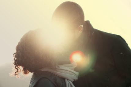 2016 Couple Love Kissing 1 428x285